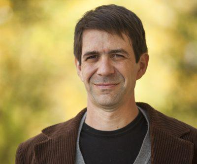 Professor Robert Howard