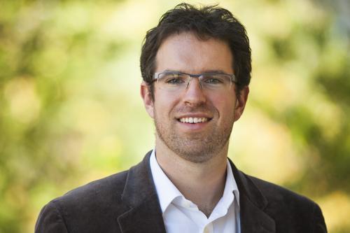 Professor Erik Hoyt